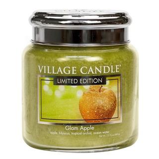 Village Candle Stredná vonná sviečka v skle Glam Apple 397g - Šťavnaté jablko
