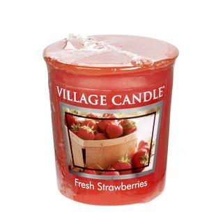 Village Candle Votívny sviečka Fresh Strawberries 57g - Čerstvé jahody